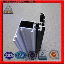 Vários tipos de perfis de alumínio para janelas e portas