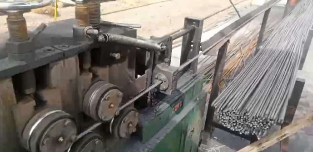 Wire Straighting Cutting Machine