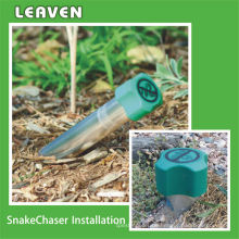 Snake Repeller / Schlangensteuerung / Schlangenjäger