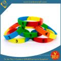 Benutzerdefinierte segmentierte Silikon-Armbänder für Geschenksets
