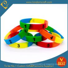 2015 moda personalizada Debossed cor preenchido silicone wristband (kd1893)