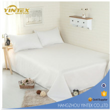Hôtel 4 étoiles Furniture Cotton Blanchiment 60 X40 Small Embriodery Bedding Set