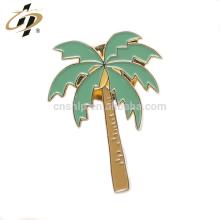 En gros en métal or doux émail personnalisé forme d'arbre épingles de revers