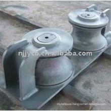 Cast double-roller chock