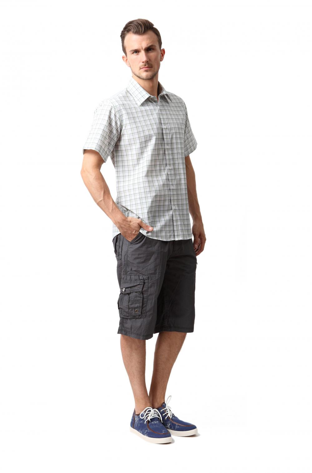 Men's bermuda cargo shorts