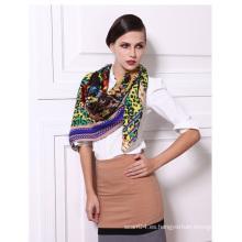 Tabla de tejido de lana de sarga Impreso bufanda de mujer elegante