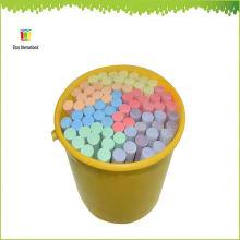 niños escuela pequeña tiza de color brillante para la pizarra