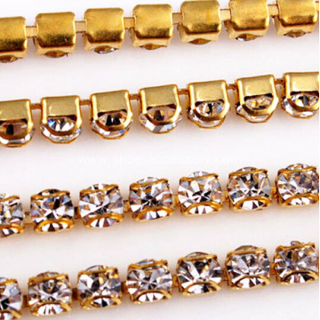 Double D Rhinestone Cup Chain Closely