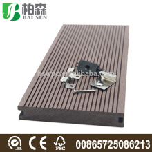 Grooved outdoor WPC composite decking board