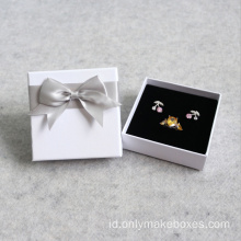 Putih Matt Bracelet Ring Earring Necklace Pakcaging Box