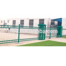 Cerca de quintal / postes de vedação de aço galvanizado / cerca de ferro fundido spray de plástico