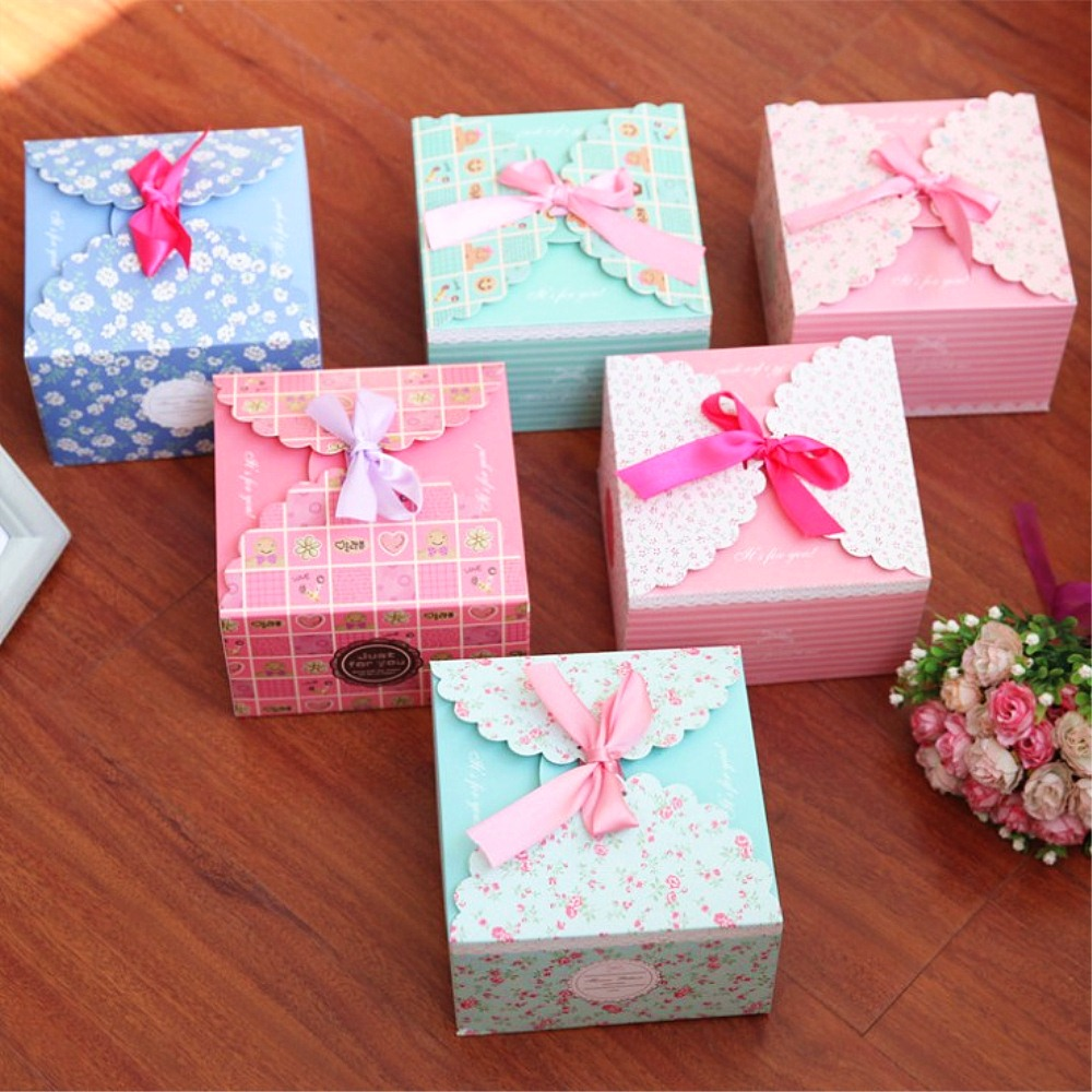 Beautiful Cardboard & Paper Gift Boxes