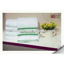 100% coton haute qualité personnalisé blanc en gros serviettes de bain