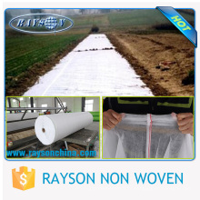 Usos de membrana geotêxtil para cobertura do solo de controle de ervas daninhas