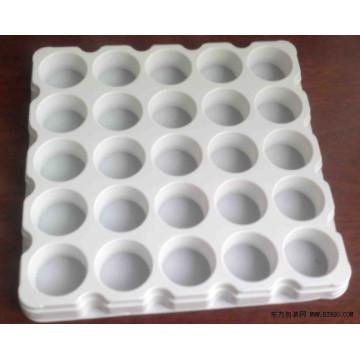 Белый пластиковый лоток