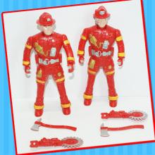 Plasitc-Feuer-Werkzeug-Ingenieur Man Robot Toy mit Süßigkeit