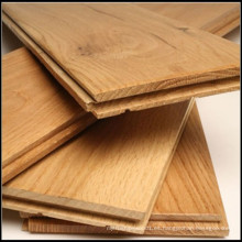 Suelo de madera de roble sólido de color natural