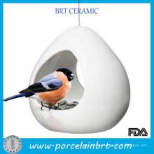 Alimentador de pájaros de cerámica blanca de nuevo producto con alambre