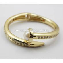 Real 18k banhado a ouro seta cônico grande pérola prego bracelete pulseira com cristal