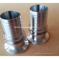 Acoplamento de mangueira sanitária para tubos de aço inoxidável