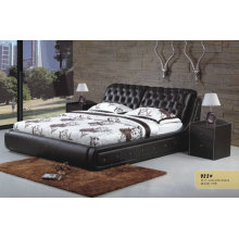 Top Genuine Leather Bed with Crystals and Solid Wood Frame (922)