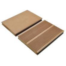 Solid / WPC / Plástico de madeira Composto Pavimento / Decking ao ar livre145 * 21
