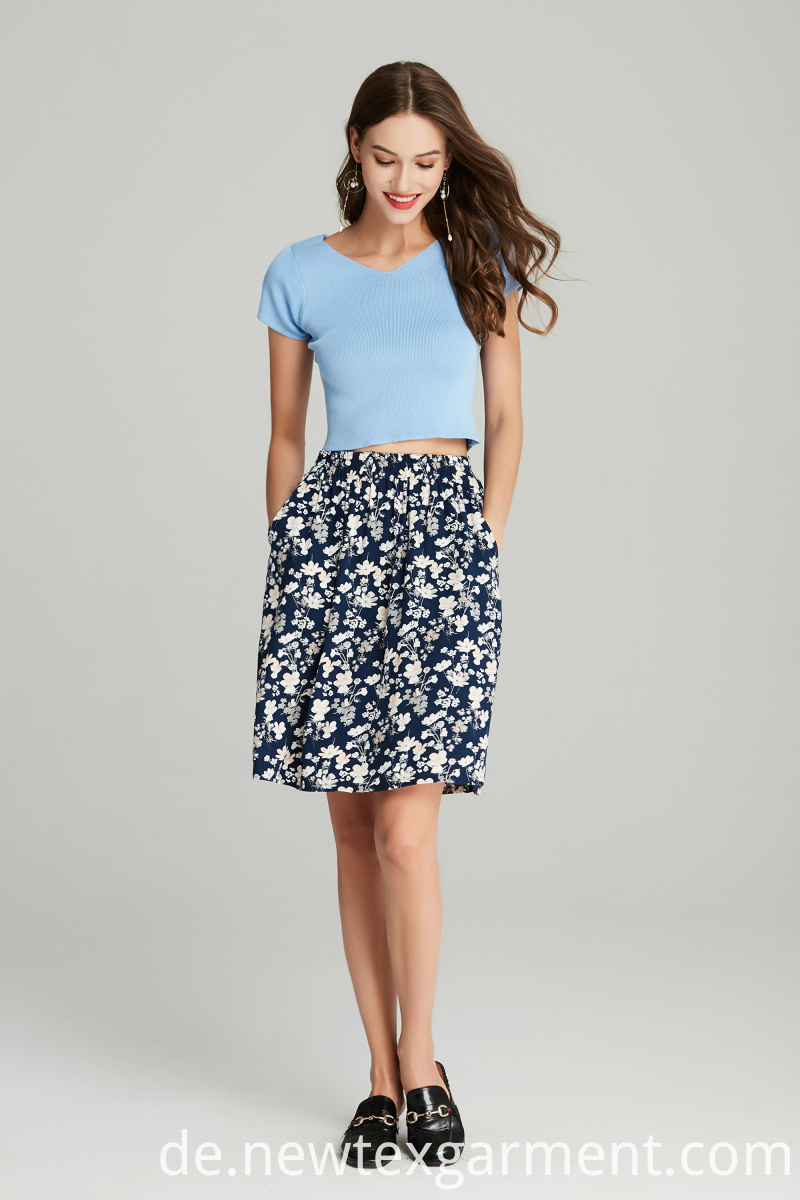 PRINTED VISCOSE SKIRT