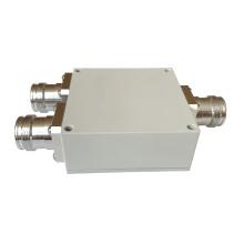 550-4000MHz 2 Way 4.3-10 Mini DIN Female Wilkinson Power Divider