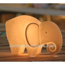Lampe de table en forme d'éléphant décorative en porcelaine
