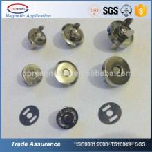 Botões de botão de pressão magnética baratos em metal magnético para sacos de couro