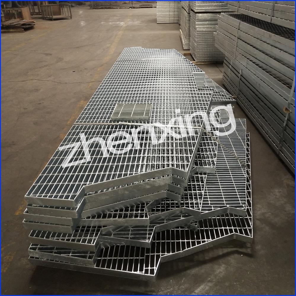 Irregular Bar Grating