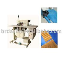 Máquina de costura não tecida ultra-sônica