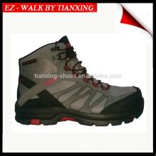 Модные ботинки hiker с композитным подноском