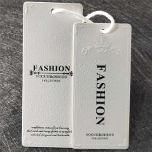 Étiquette de gaufrage en relief avec papier pour vêtements