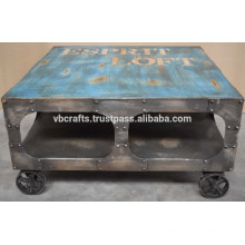 Roue en fonte industrielle table basse finition vintage