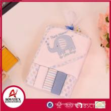 Alibaba vente chaude bébé capuche serviette, modèle de serviette à capuchon animal, serviettes à capuchon pour les enfants animaux