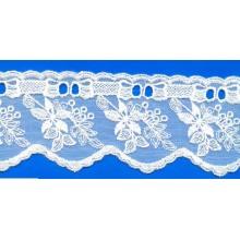 Diseños comunes de venta caliente ivory encaje bordado encaje recortes de tela para la ropa interior