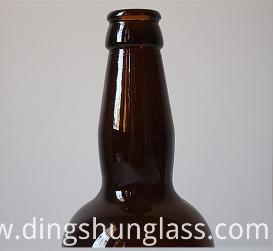 Glass bottle for red wine