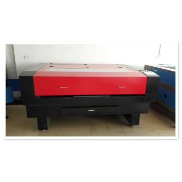 Máquina automática de corte y grabado láser para la industria textil