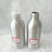 Garrafa de alumínio 120ml cosmético com o pulverizador branco da névoa