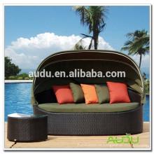 Audu Cama de jardín de tamaño King en venta