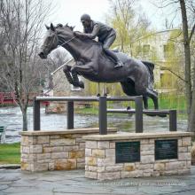 2018 novo design de decoração do jardim Bronze tamanho vida estátua do cavalo de salto