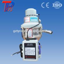 250kg / h cargador de cepillo de carbón automático para plásticos
