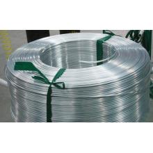 Bande d'aluminium pour toiture de bâtiment