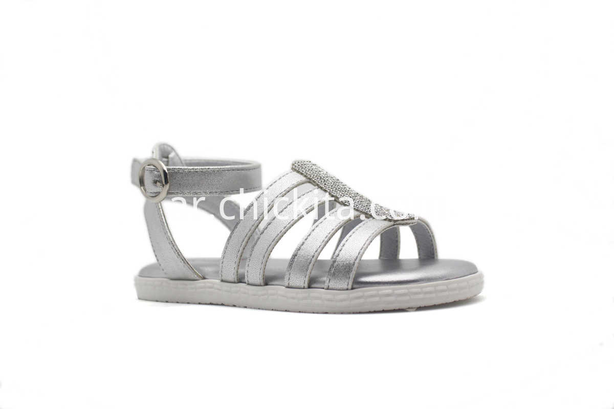 Flat Fashion Sandals With Metal PU strips and decoration