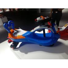 Kunststoffschaukel Auto mit guter Qualität und Fabrik Preis Baby Twist / Schaukel Auto mit PU-Rad