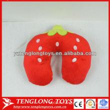 Nueva almohada de cuello de peluche relleno estilo fresa de diseño Strawberry cuello almohada