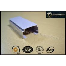 Gl2005 Aluminium Head Track für Vertikaljalousie mit Pulverbeschichtung Weiß nach Afrika
