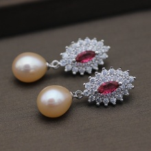 Fashion Design Freshwater Real Pearl Earring