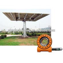 Small Slew drive for Solar Tracking System and solar slewing drive customized worm gear slew drive 1 year warranty SE17